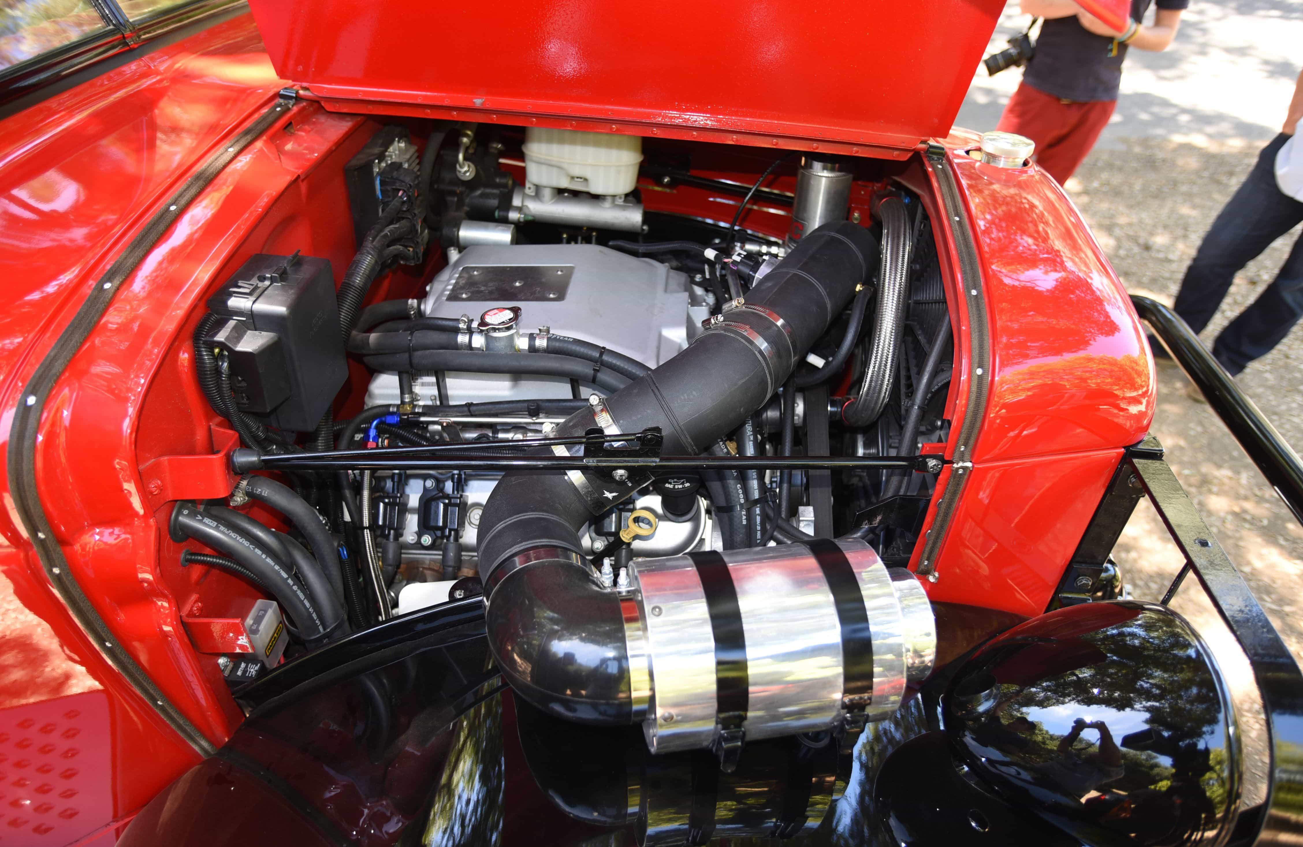 Dodge Power Wagon Engine