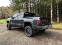2018 GMC Sierra 1500 Low-Pro Rack with lights