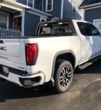 2019 GMC Sierra Low-Pro Rack with lights